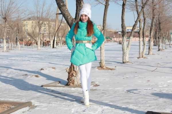 belye-sapogi-s-chem-nosit_2-8063977