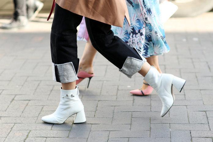 street-style-fall-winter-2018-london-fashion-week-uk-18-feb-2018