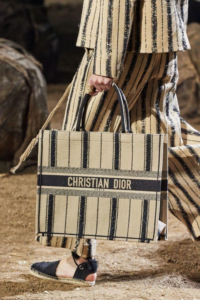 christian-dior_01-1802745