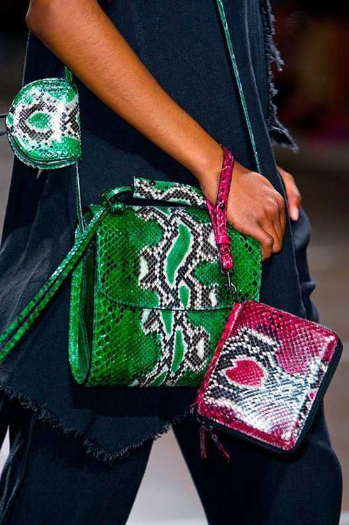 spring_2015_trendy_designer_handbags_from_the_runway_marques_almeida-3164035