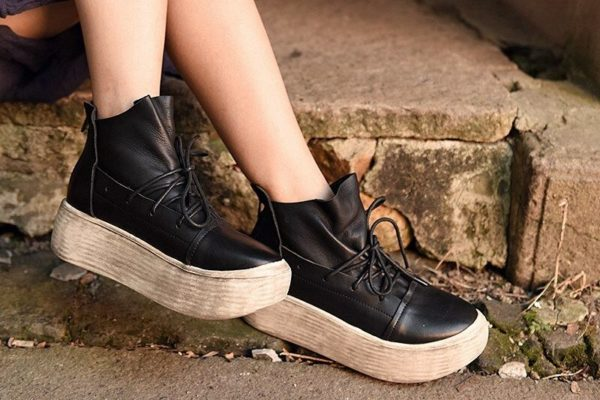 походные ботинки